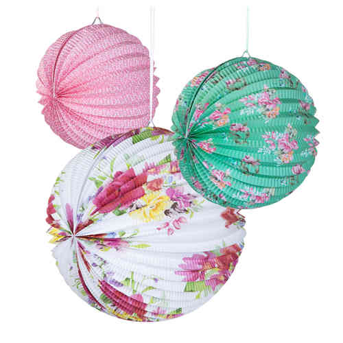 Truly Scrumptious - Paper Lanterns