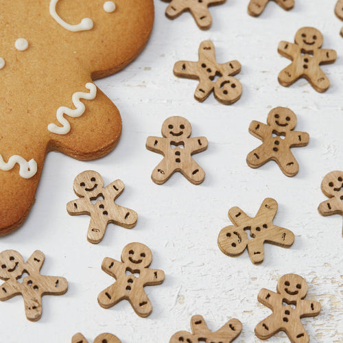 Wooden Gingerbread Man Table Confetti
